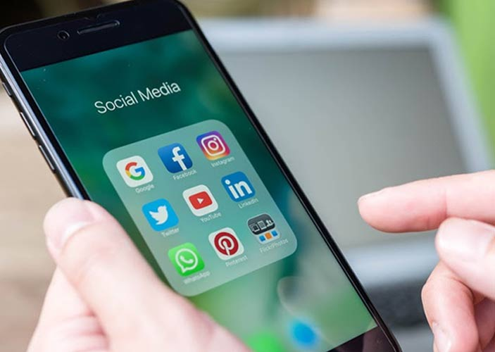 Benefits of Social Media Marketing for Consumers
